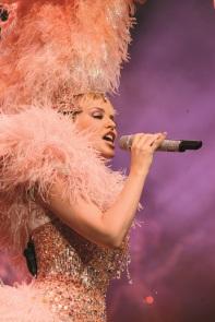 Kylie_on_Stage_at_Arts_Centre_Melbourne_1.jpg